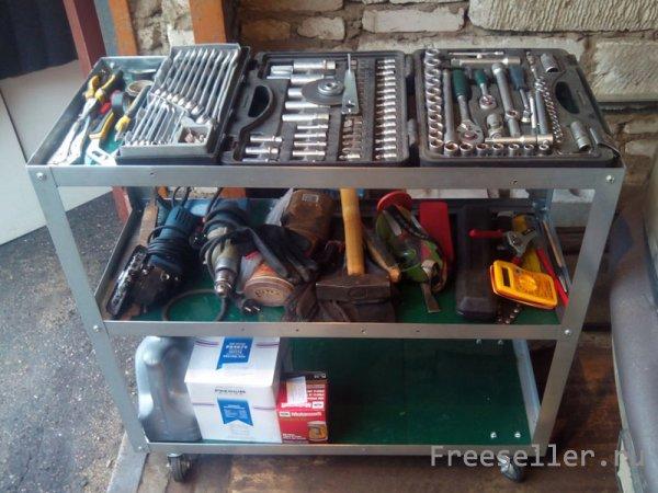 Стеллаж и стол для гаража