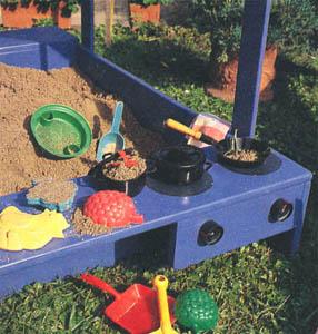 Песочница-домик... с печкой своими руками.